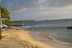 Little Good Harbor beach