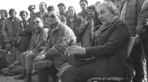 Golda Meir and Moshe Dayan with IDF soldiers in 1973