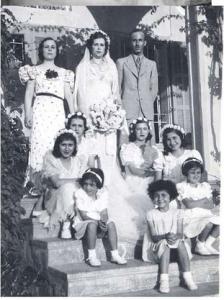 Taji family in Wadi Hunein, 1920s (Palestine Remembered)