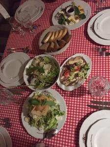 Good food at Vezha