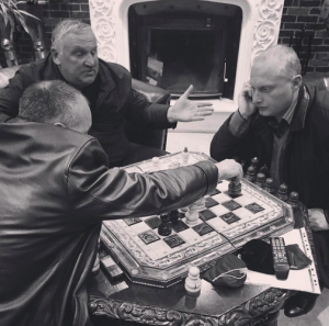 A regional politician plays chess (Seth J. Frantzman)