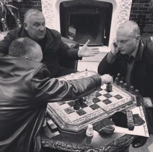 A regional politician plays chess (Seth J. Frantzman)